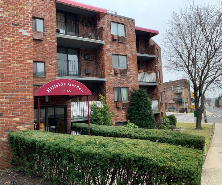 Lovely 1 Bedroom Condo in Conveniently Located Building near Eliot/Grand Avenues