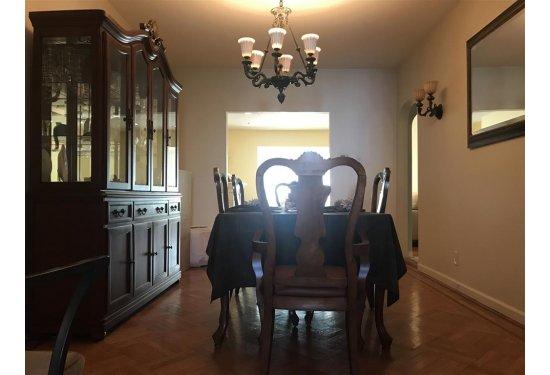 XL Dining Room