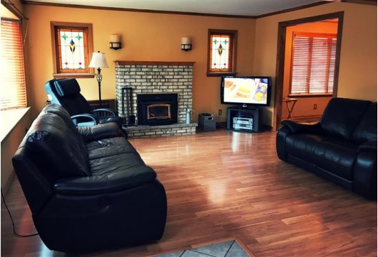 XL Expansive Family Room with Wood Burning Fireplace (insert)