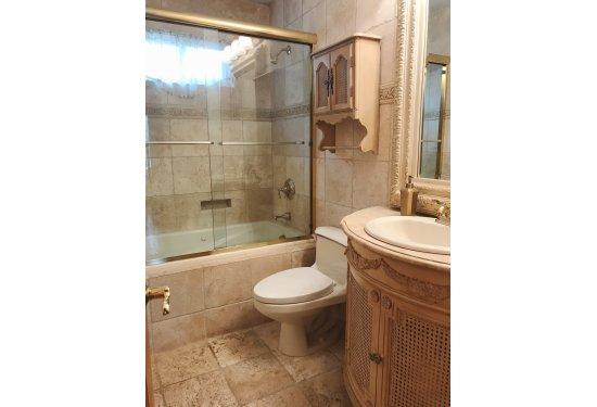 1st Fl: Renovated Full Bath