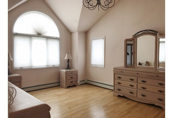 2nd Fl: Master Bedroom (King Size with Vaulted Ceiling & HUGE Walk in Closet)