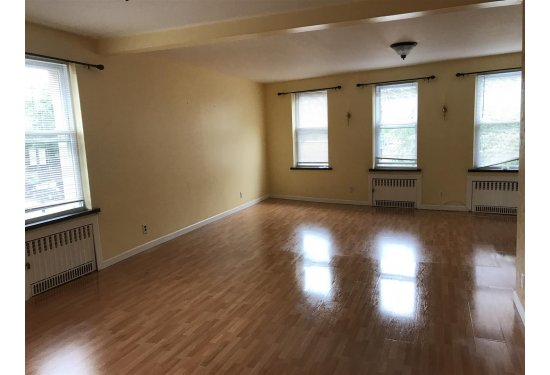 2nd Fl Apartment: Open Living Area-3BR-2 Baths-2 Skylights