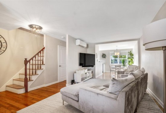 Open Floorplan provide Plenty of Natural Sunlight throughout the home